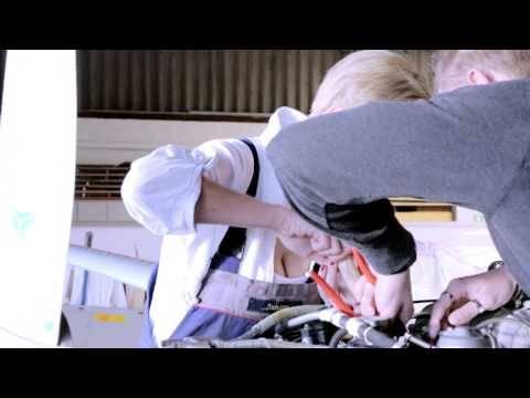 Julia Bender – Luftbahnen (das offizielle Musikvideo)