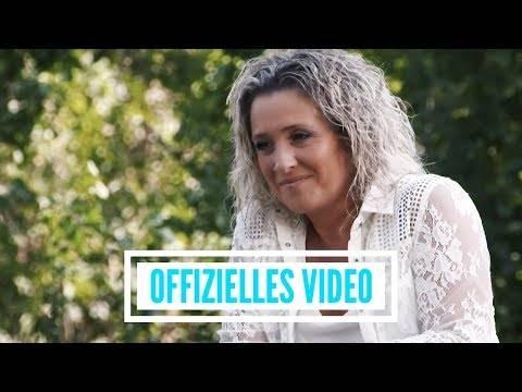 Daniela Alfinito – Bring mich durch die Nacht (offizielles Video)