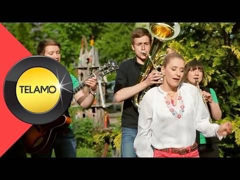 Stefanie Hertel – Vugelbeerbaam (offizielles Video)