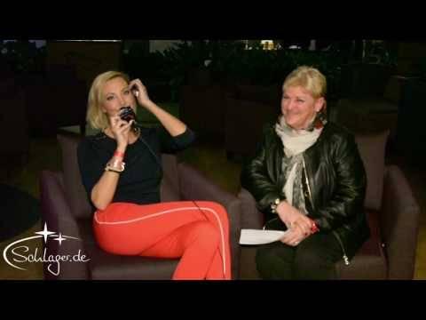 Tanja Lasch grüßt die Leser von Schlager.de