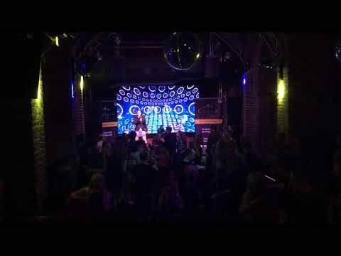 Acarina LIVE im WALL7 (ehemalige NINA) Köln – Lass uns lieben
