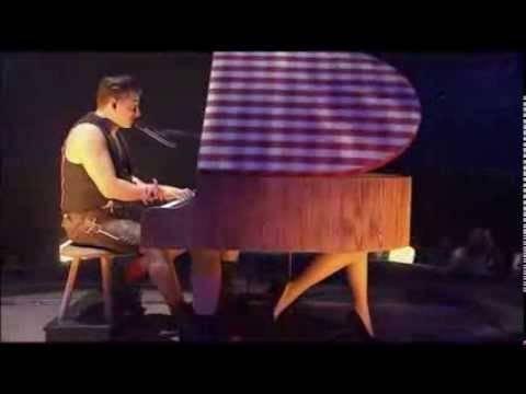 """Andreas Gabalier """"Für mich bist du schön"""" (live aus München)"""