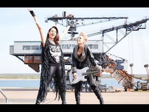 Anita & Alexandra Hofmann 100.000 Volt (offizielles Video)