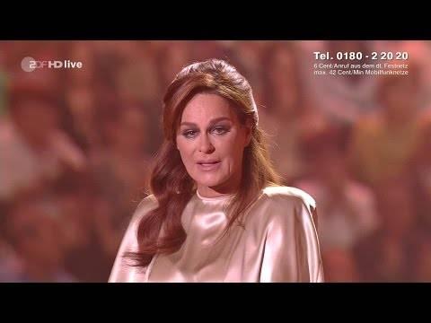"""Andrea Berg singt """"Sternenträumer"""" bei """"Die schönsten Weihnachtshits"""""""