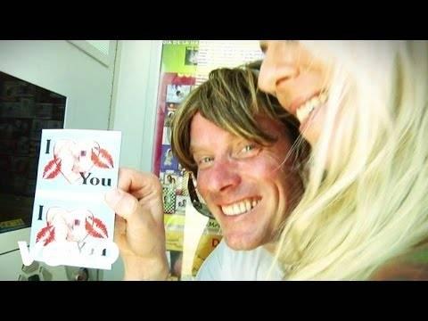 Mickie Krause – Schatzi Schenk Mir Ein Foto (Xtreme Sound Partyversion)